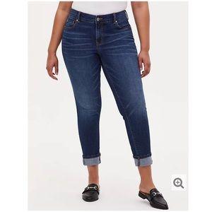 Torrid Boyfriend Cropped Jeans Size 12 R